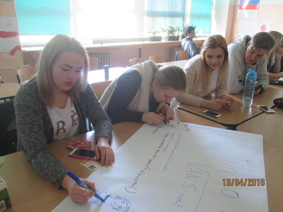 Premietanie dokumentov a diskusia o ženách v histórii mala úspech aj na Strednej odbornej škole hotelových služieb a obchodu v Bratislave.